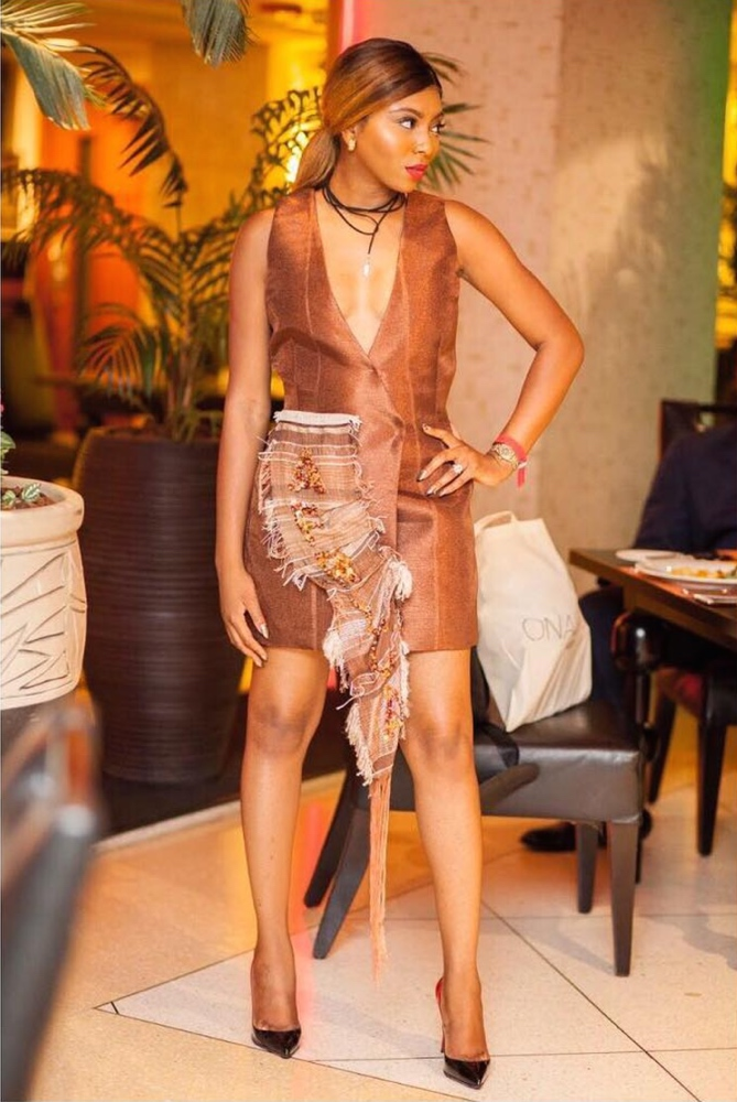 street-style-day-heineken-lagos-fashion-and-design-week-2016-street-style_1_theafricanista-1
