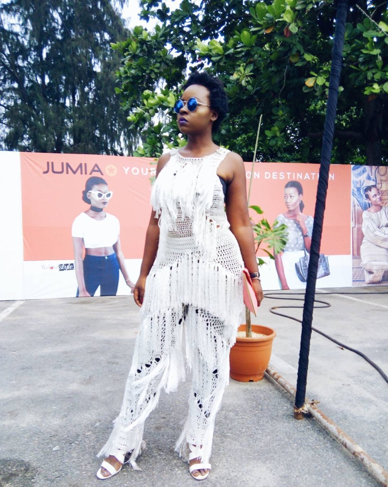 street-style-day-heineken-lagos-fashion-and-design-week-2016-street-style_1_theafricanista-11
