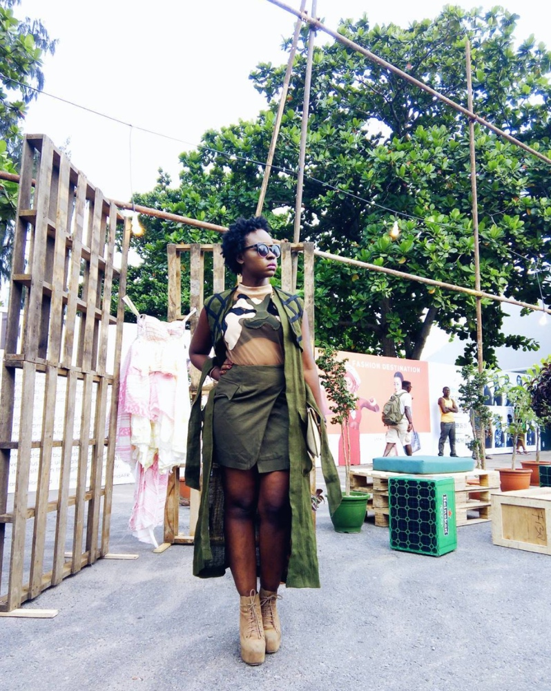 street-style-day-heineken-lagos-fashion-and-design-week-2016-street-style_1_theafricanista-9