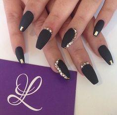 nail-ideas-glitter-season_theafricanista-6
