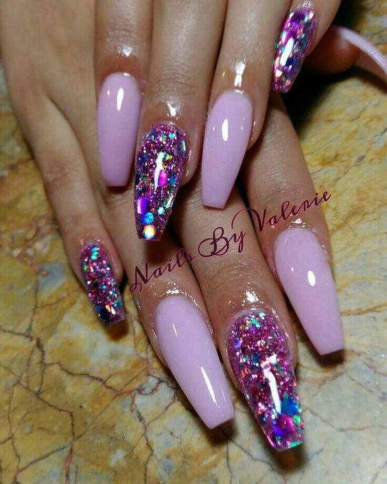 nail-ideas-glitter-season_theafricanista-8