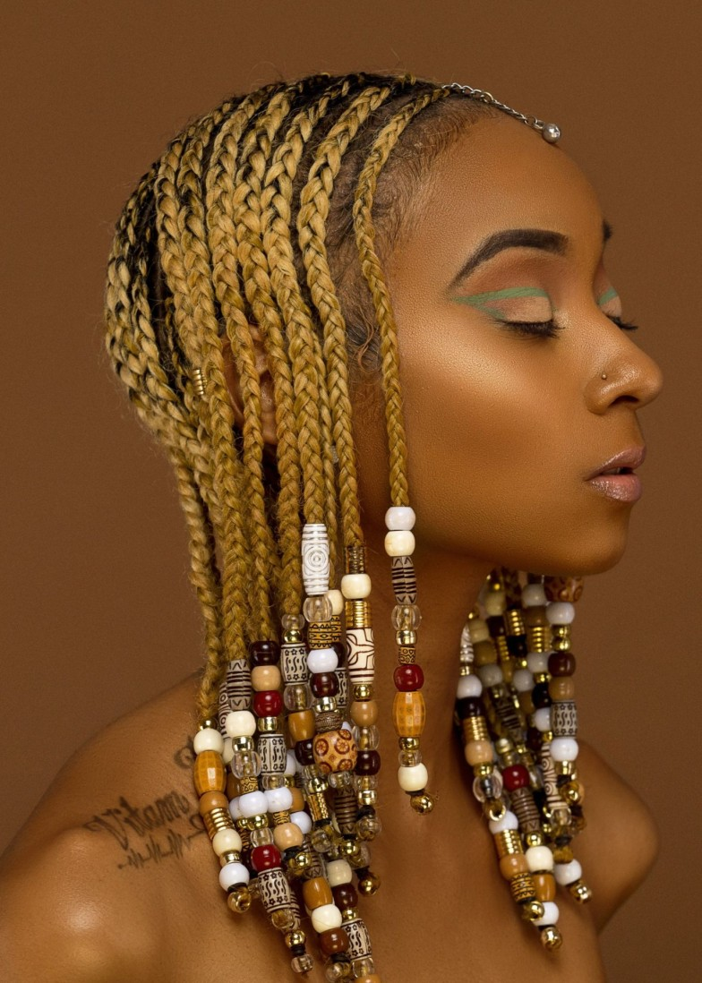 trending_new_hair_styles_beaded_braids_theafricanista (11)
